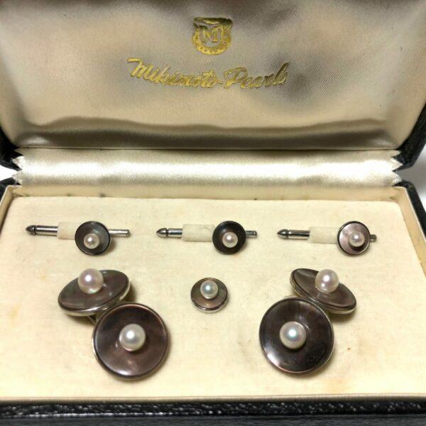 Mikimoto Abalone and Pearl Stud Set 1D